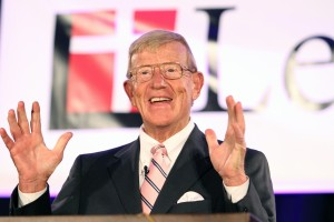 Legendary football coach Lou Holtz makes a point during his talk on Feb. 5